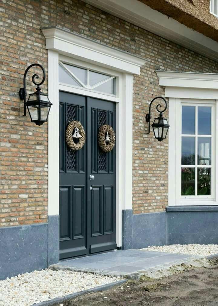 Contraste des portes dans feng shui importance des - Couleur hall d entree feng shui ...