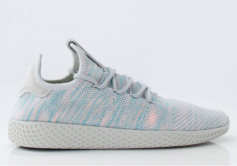 Pharrell Williams X Adidas Tennis Hu Light Blue By2671 Retro Shoes Sporty Style Dress Shoes Womens Chic Winter Style