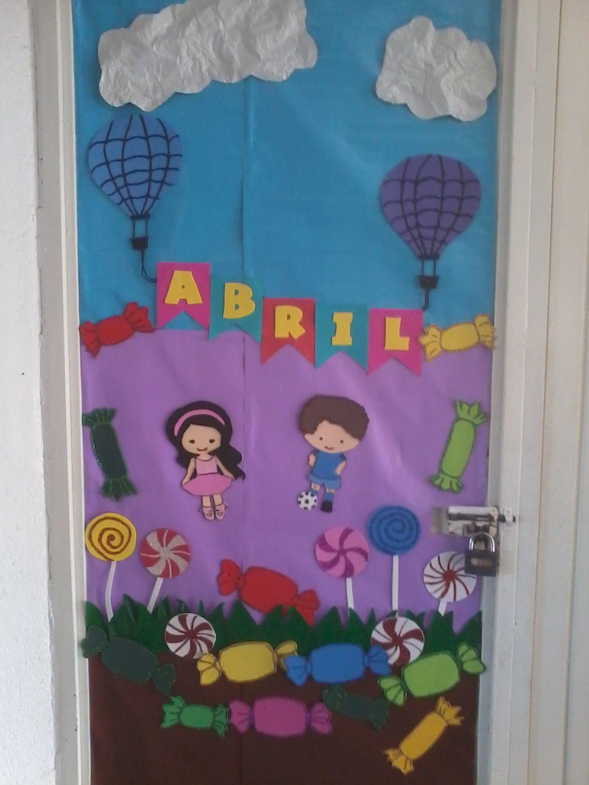 Mes de abril d a del ni o children 39 s day classroom for Puertas decoradas para el dia del libro
