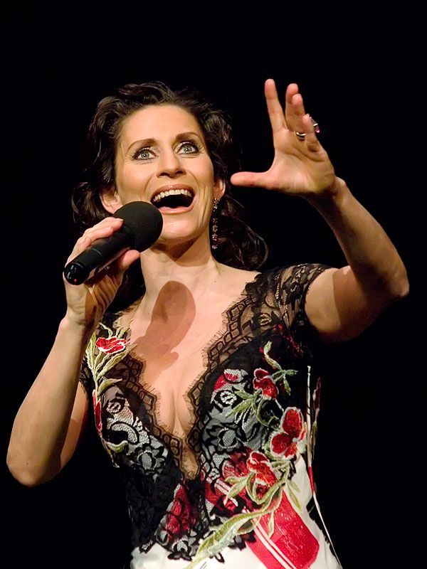 Pia Douwes Musical-Star Interview - Musical-World
