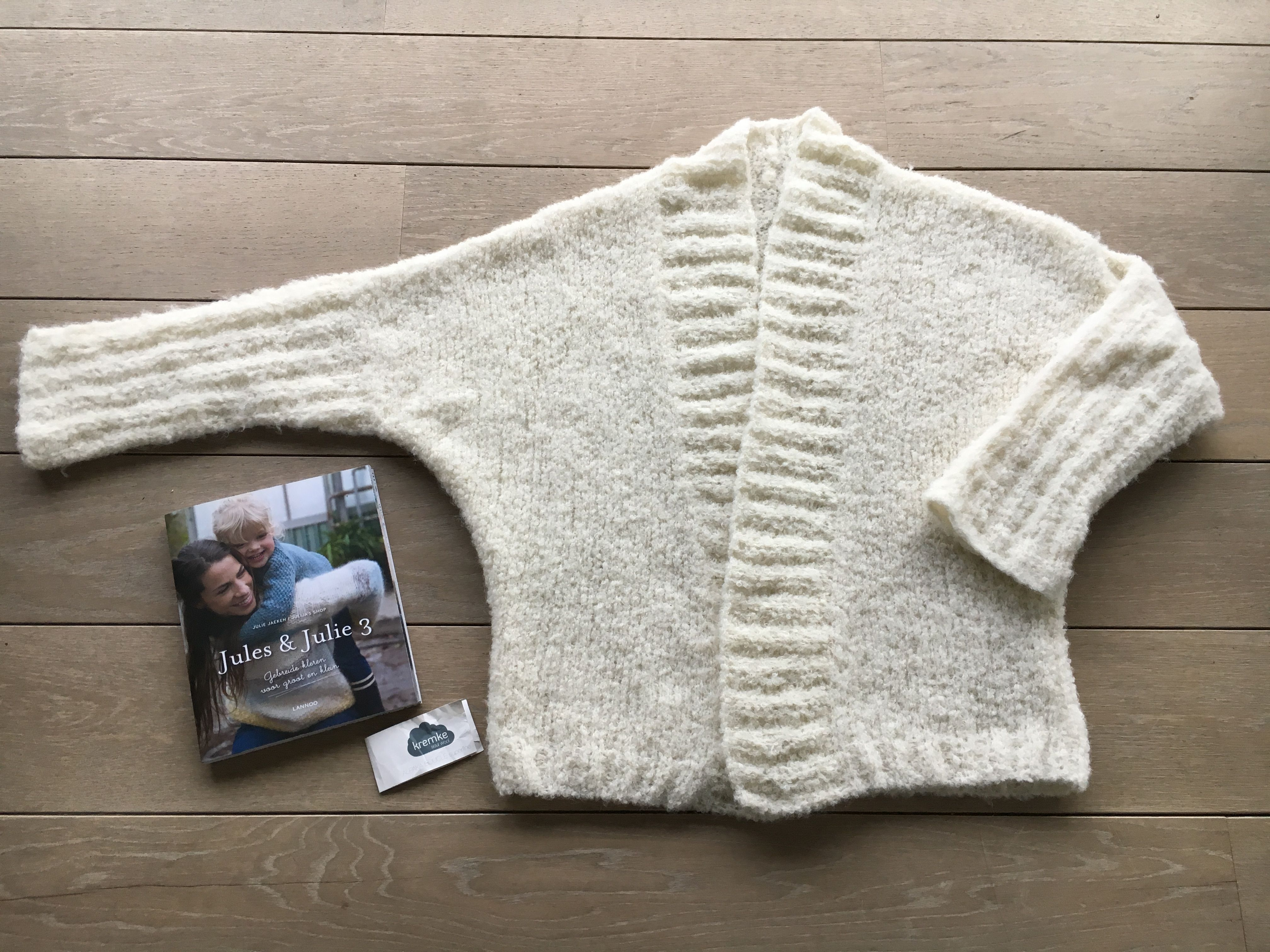 Groß Boucle Knitting Patterns Galerie - Strickmuster-Ideen ...