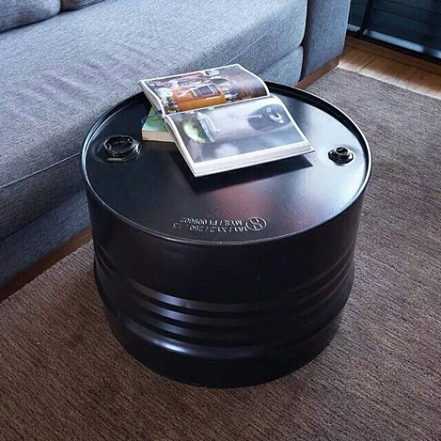 oil barrel coffee table get crafty pinterest bidon table basse et meubles. Black Bedroom Furniture Sets. Home Design Ideas