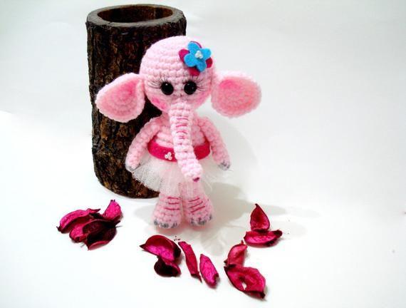 PATTERN, Amigurumi Elephant Pattern, Crocheted Elephant Pattern, Amigurumi Pattern, Tutorial #crochetelephantpattern