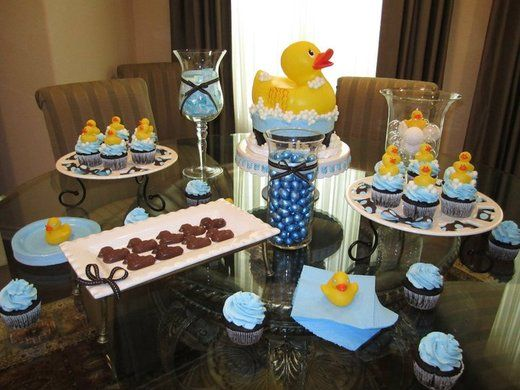 Rubber ducky in tub baby shower party ideas rubber ducky for Rubber ducky bathroom ideas