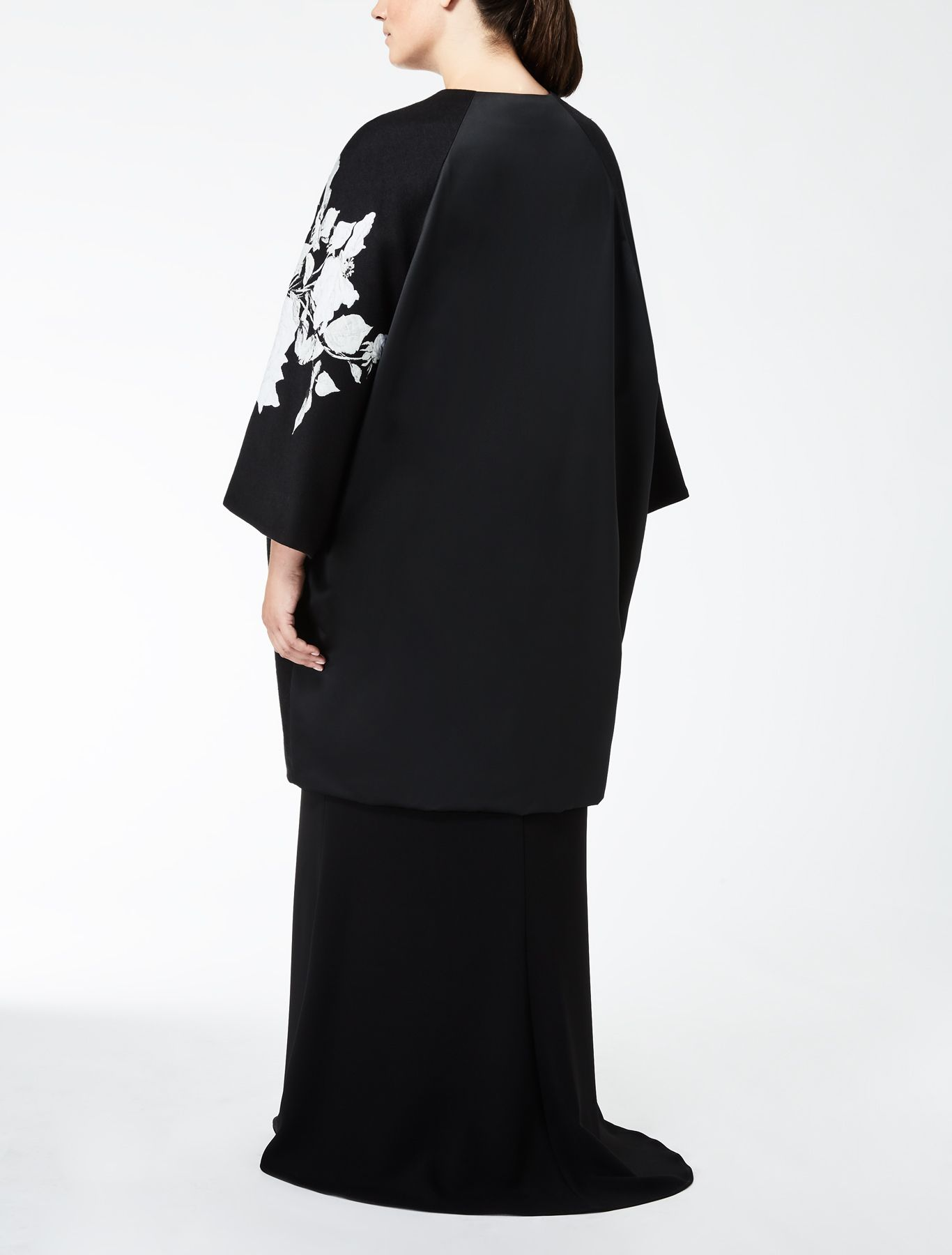 Marina Rinaldi NAZIONE nero: Giaccone jacquard disegno rose.