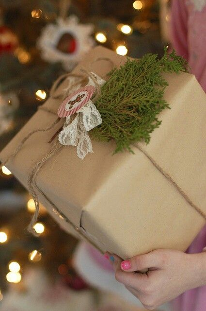 Pin by Jessica Vázquez on Navidades   Christmas packaging ...
