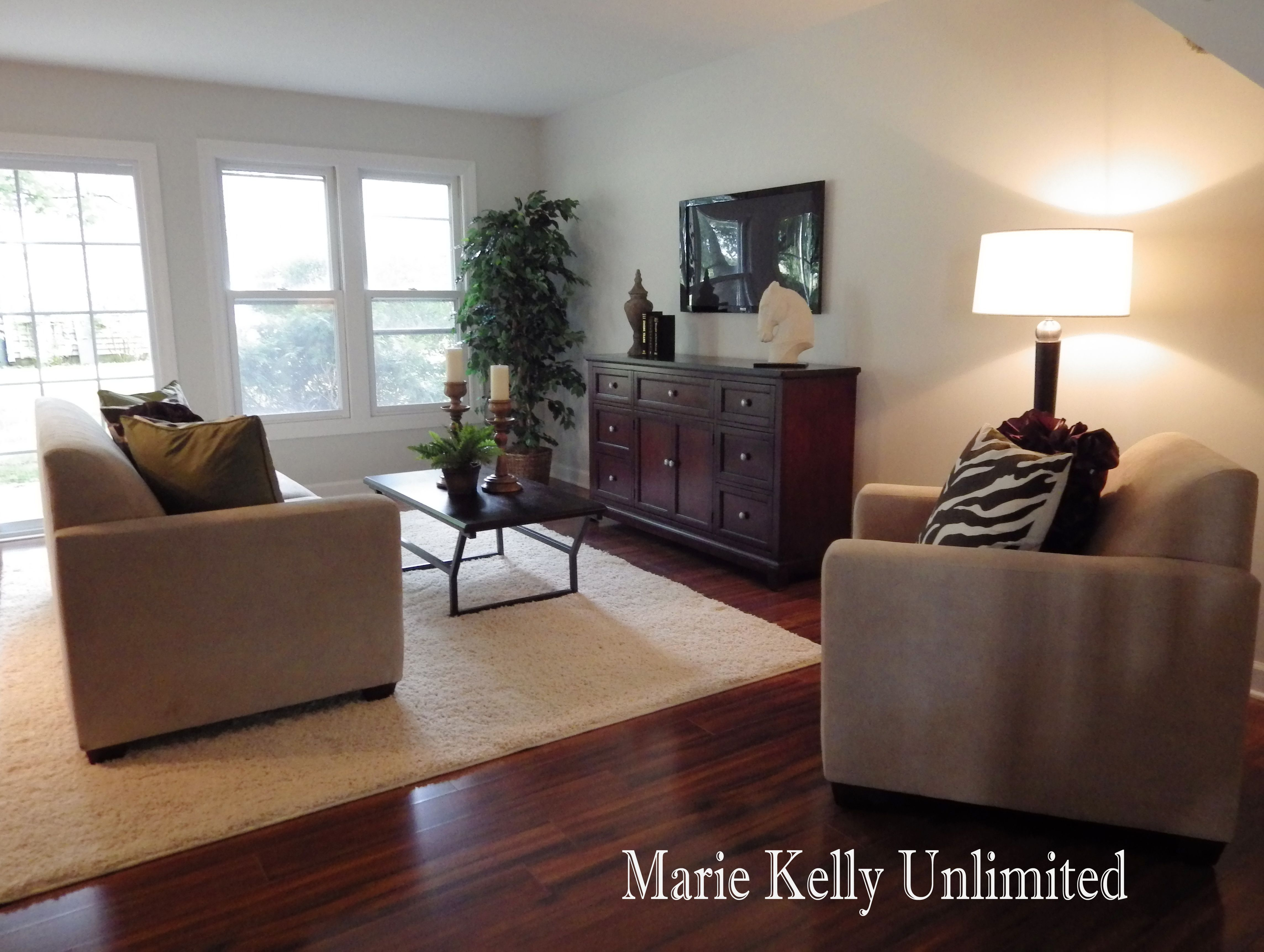 E Unlimited Home Design Part - 23: Vacant Home Staging - Elk Grove Village, IL Designer: Marie Kelly Unlimited