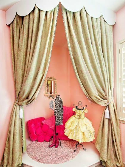 Idea Dressing Room Corner Need Curved Curtain Rod Mirror