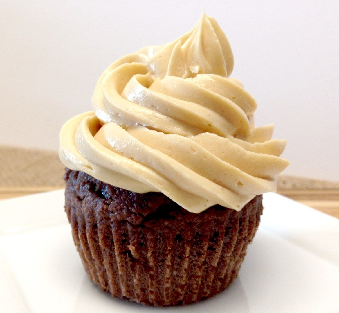 Easy peanut butter frosting keto and low carb peanut