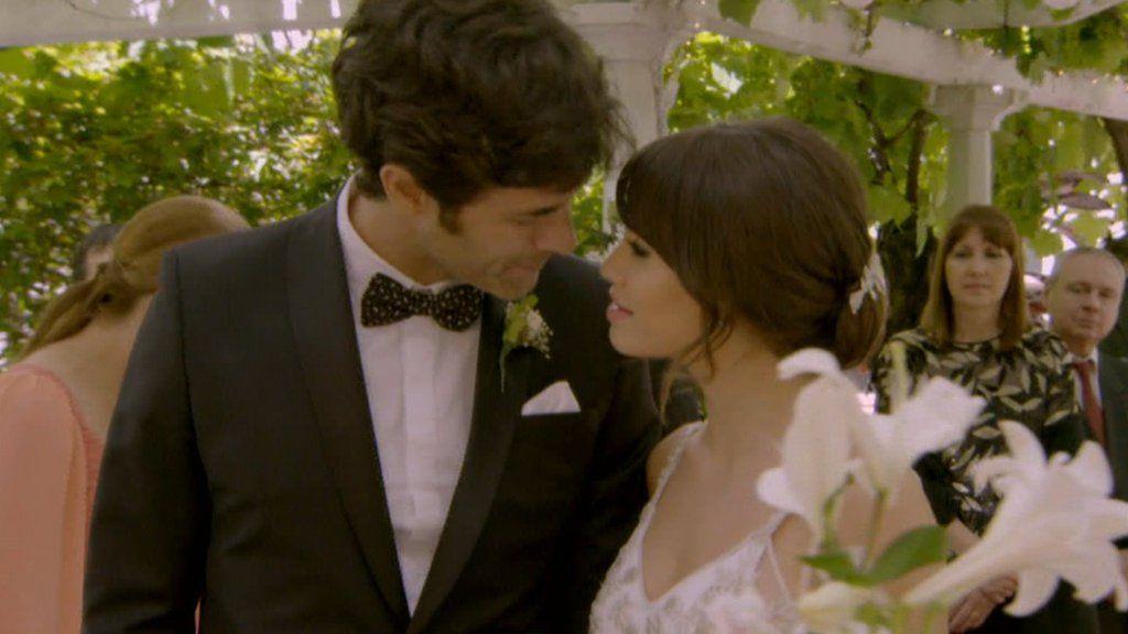 """El Trece - Oficial on Twitter: """"¡Por fin triunfa el amor! Primeras imágenes: así será la boda de Esperanza y Tomás https://t.co/b2Itgg2dHr https://t.co/UAUi9JmzTm"""""""