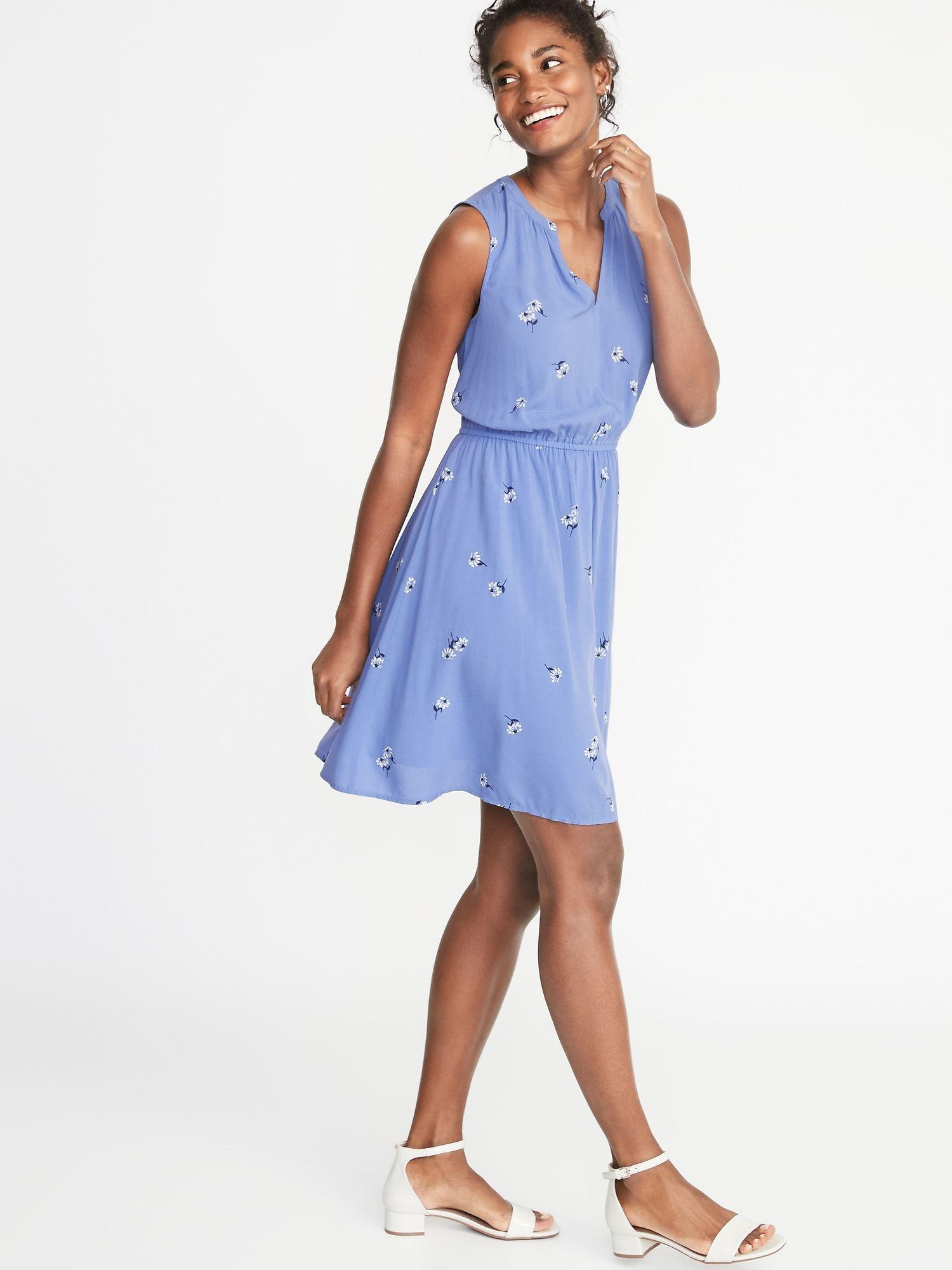 Waist-Defined Sleeveless Dress for