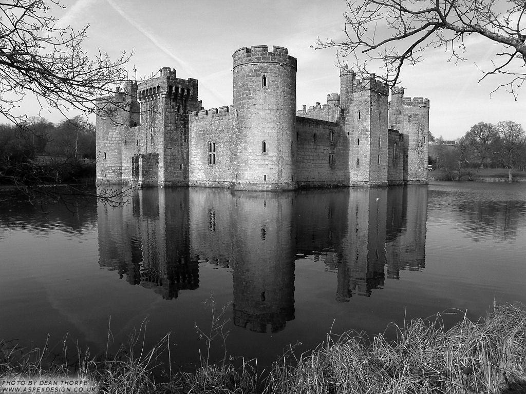 castle black and white - buscar con google | castillos | pinterest
