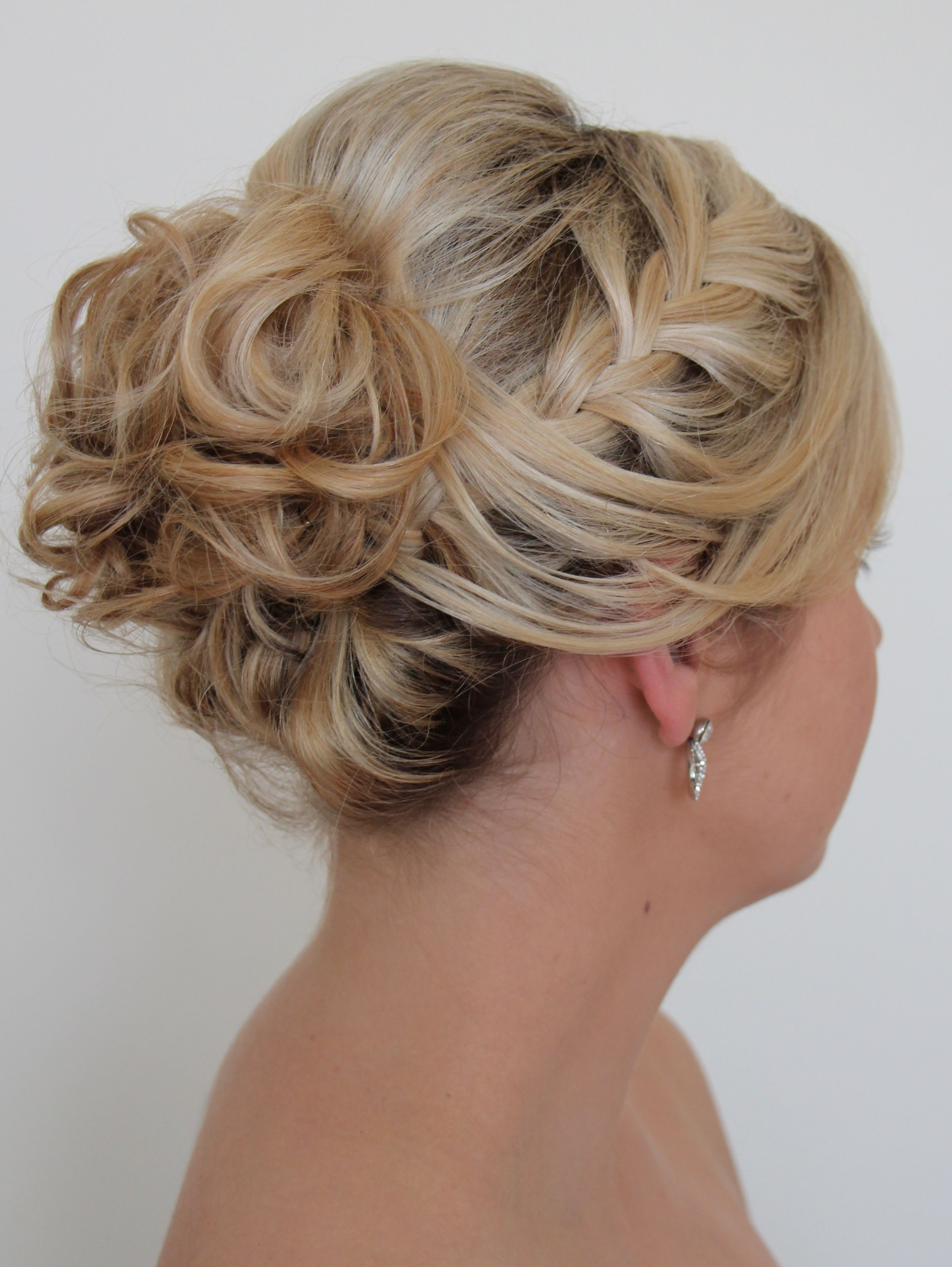 www.tomadons-mobile-hairdressing.au soft side braid into