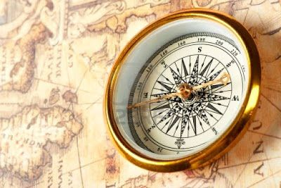 La mansarda dei ravatti viaggi vacanze toscane compass picture of old compass on ancient map blue toned image stock photo images and stock photography gumiabroncs Images