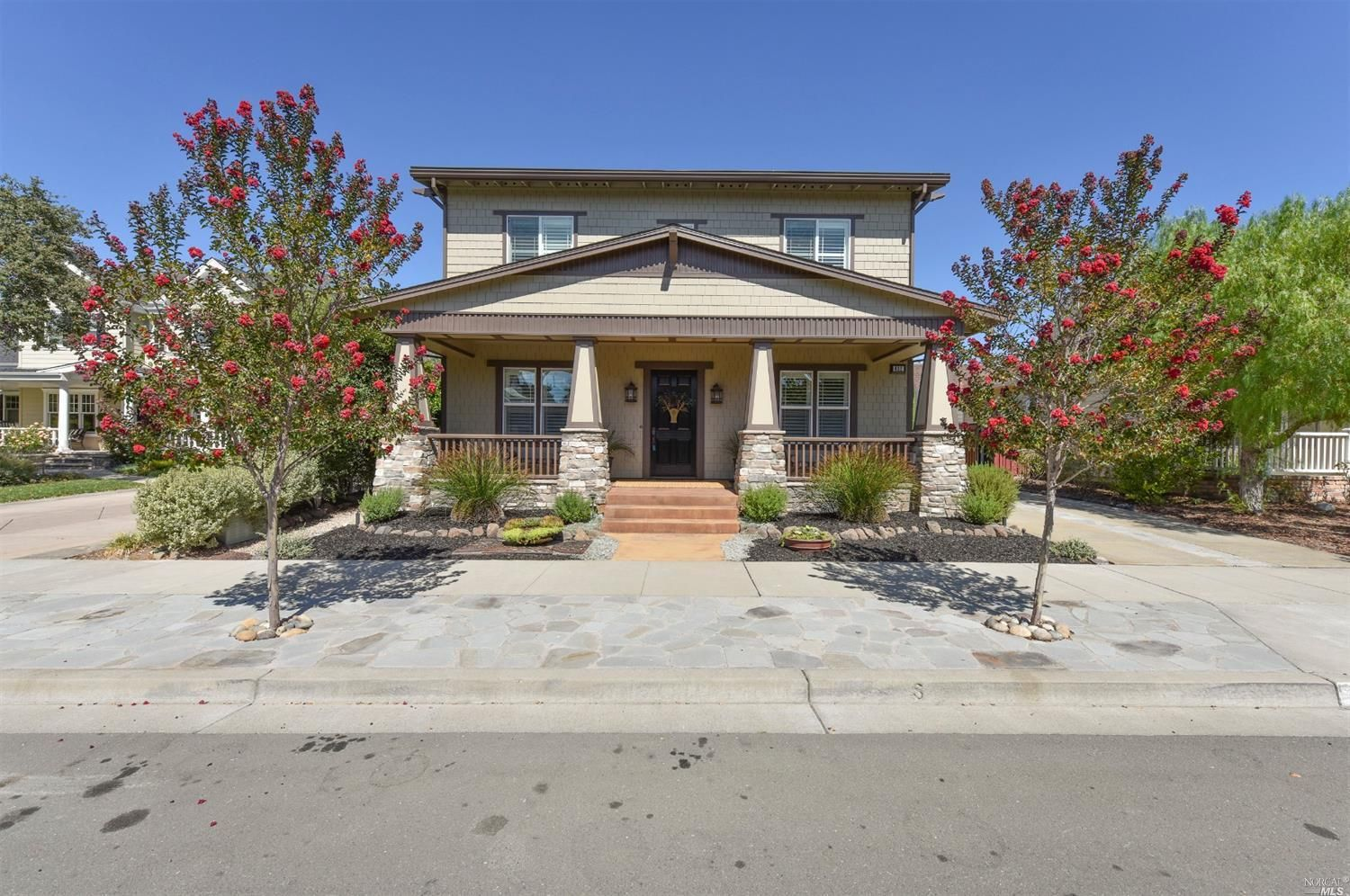 Featured Homes Craftsman style home, Grand foyer, House