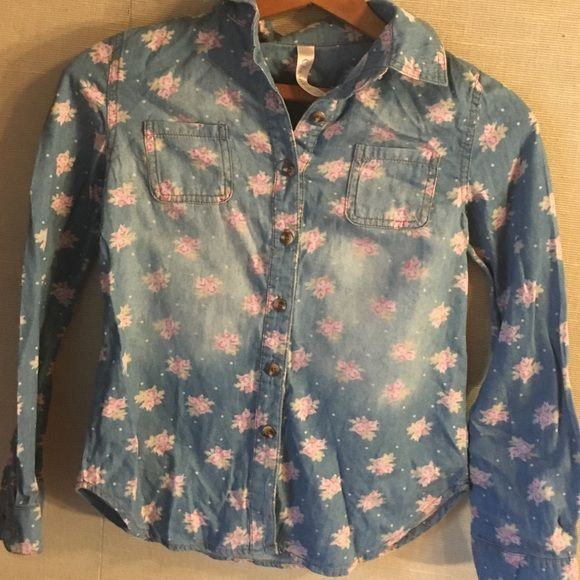 Denim floral top Long sleeve barely worn slightly faded for design. I will iron before I ship Tops