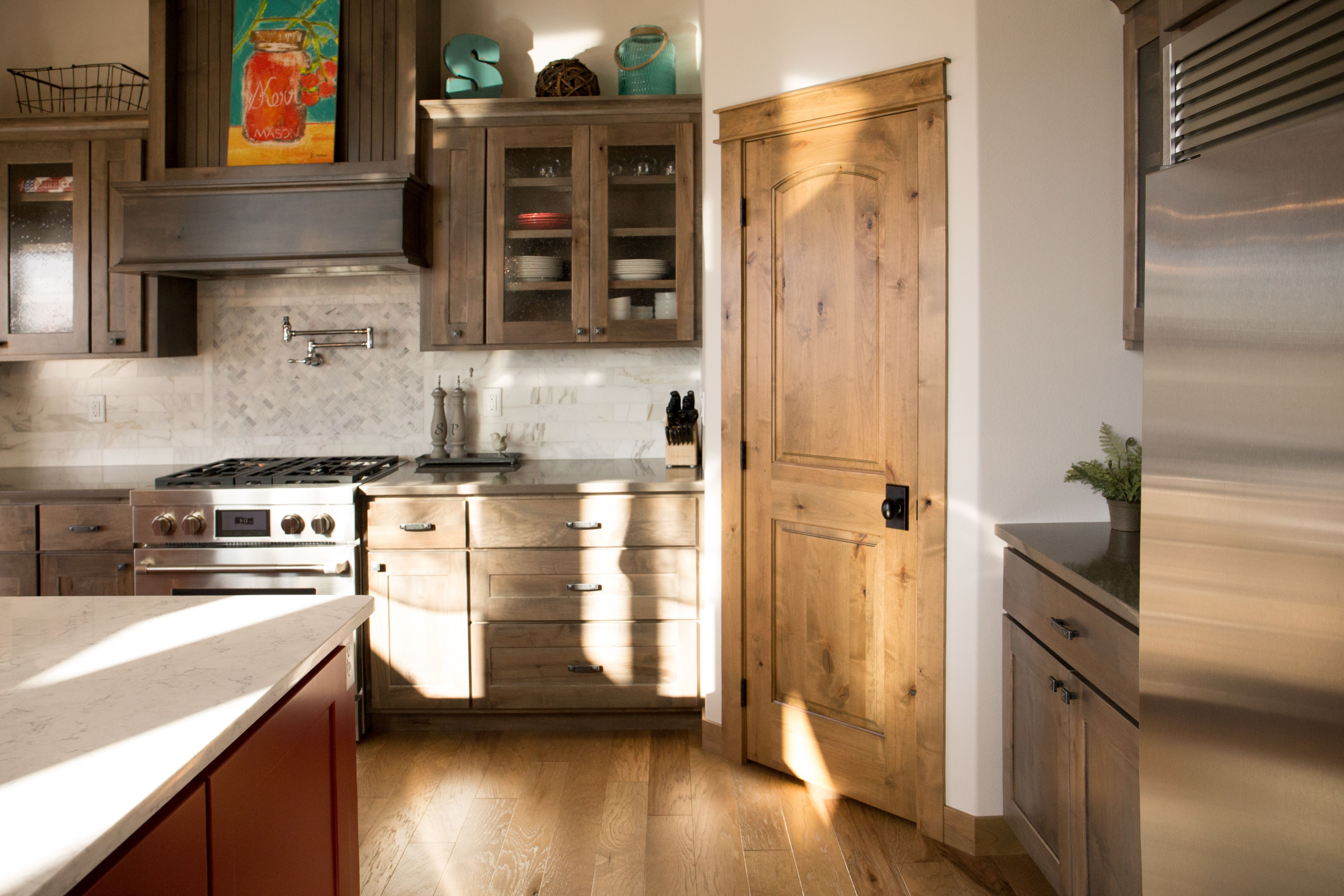 Best Interior Doors Another Beautiful Pantry Idea Knotty 400 x 300