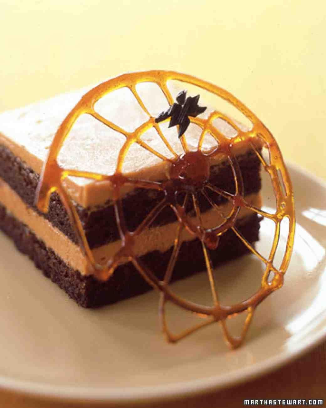 초콜릿 카라멜 거미줄 케이크