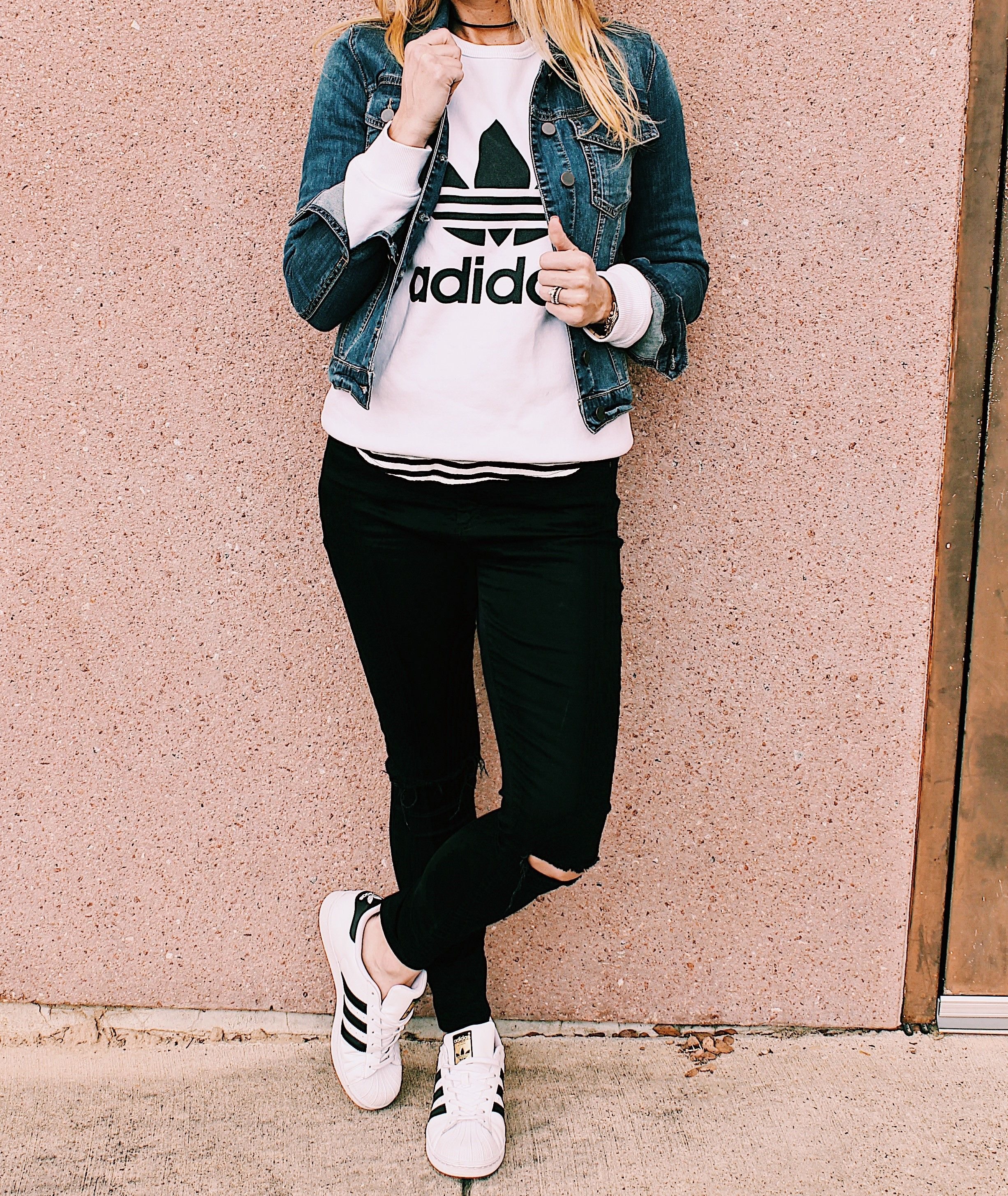 size 40 d0c6f 07a57 adidas superstar outfit, adidas outfit, denim jacket outfit, Fall Fashion,  Winter Fashion