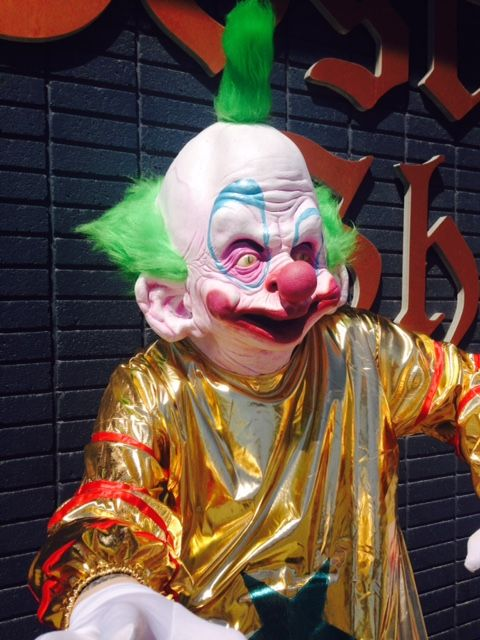 This is shorty from the 80 39 s b movie killer klowns from for Killer klowns 2