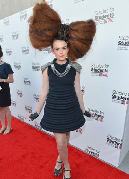 Giant Hairstyle   Girl haircuts, Crazy hair, Creative ...