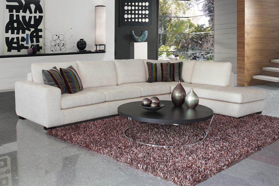 En la decoración de tu sala moderna debes tener en cuenta la iluminación, la simetría de los objetos decorativos y los colores. Modular Alaska diseño, confort y estilo. http://mueblestendenza.com/categoria/salas/modulares/  #Decoración  #Tendencias  #Muebles  #Diseñointerior