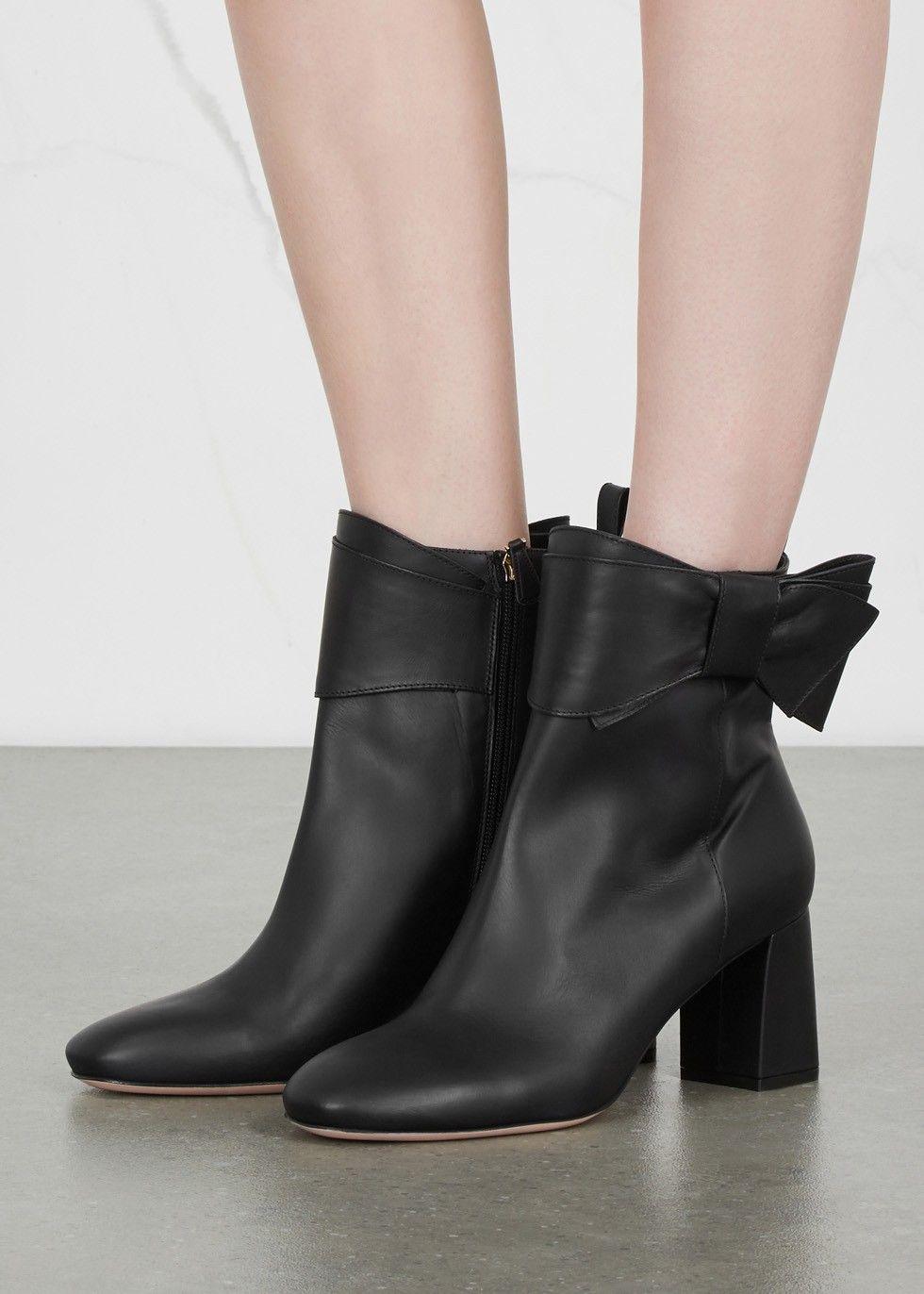 Valentino Embellished Round-Toe Ankle Boots sneakernews EaFOFUU