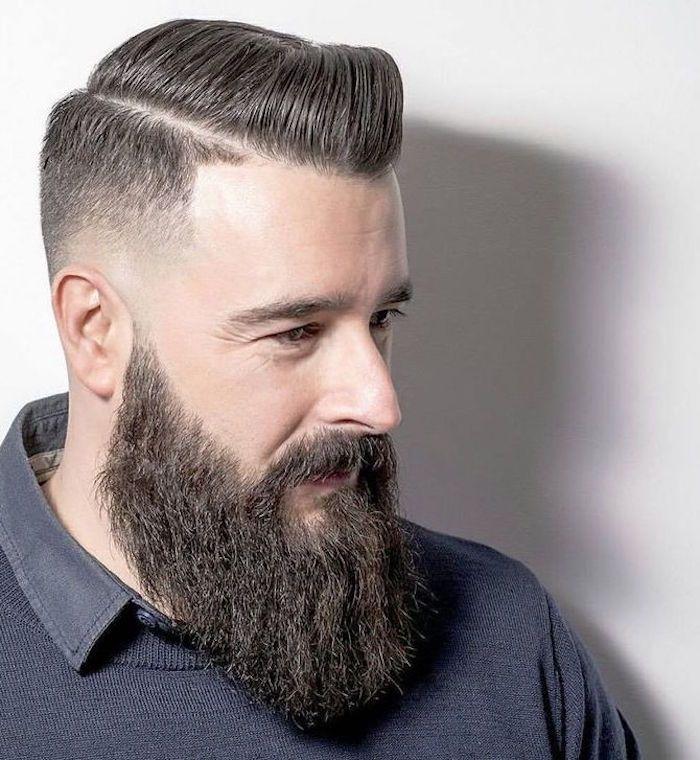 Barbe longue des centimètres et des sentiments