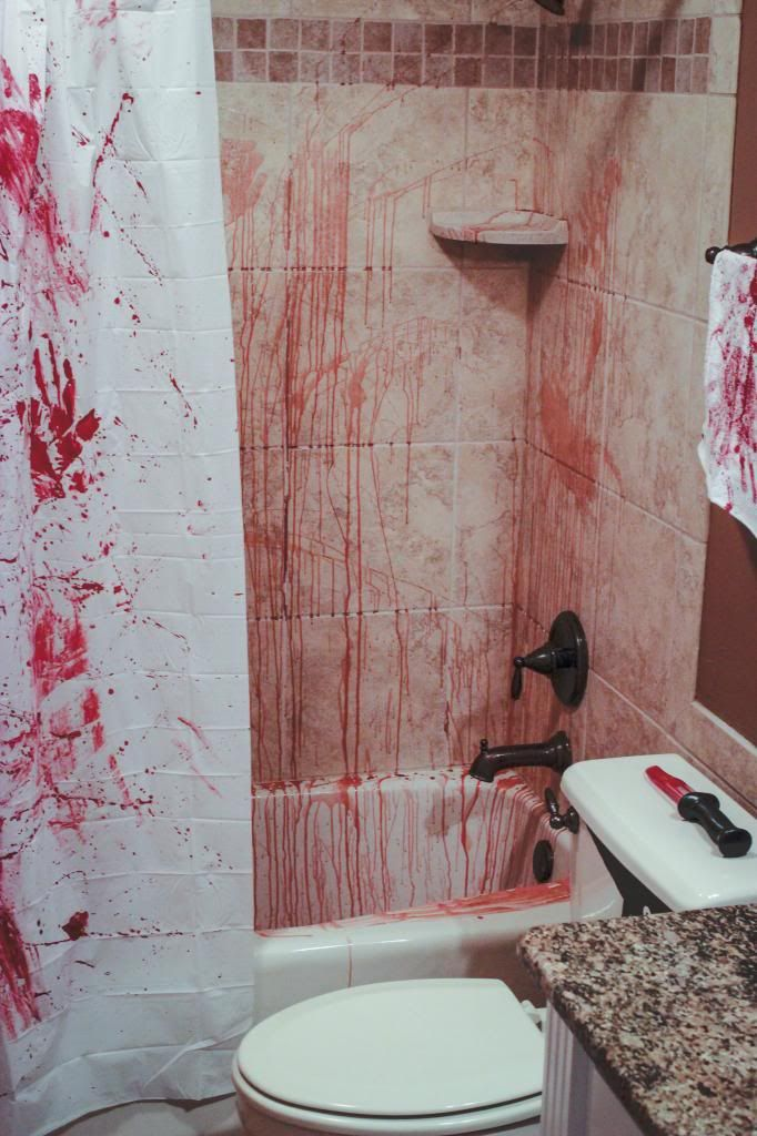 halloween decor ideas the bloody bathroom is in the comments - Halloween Bathroom Decor