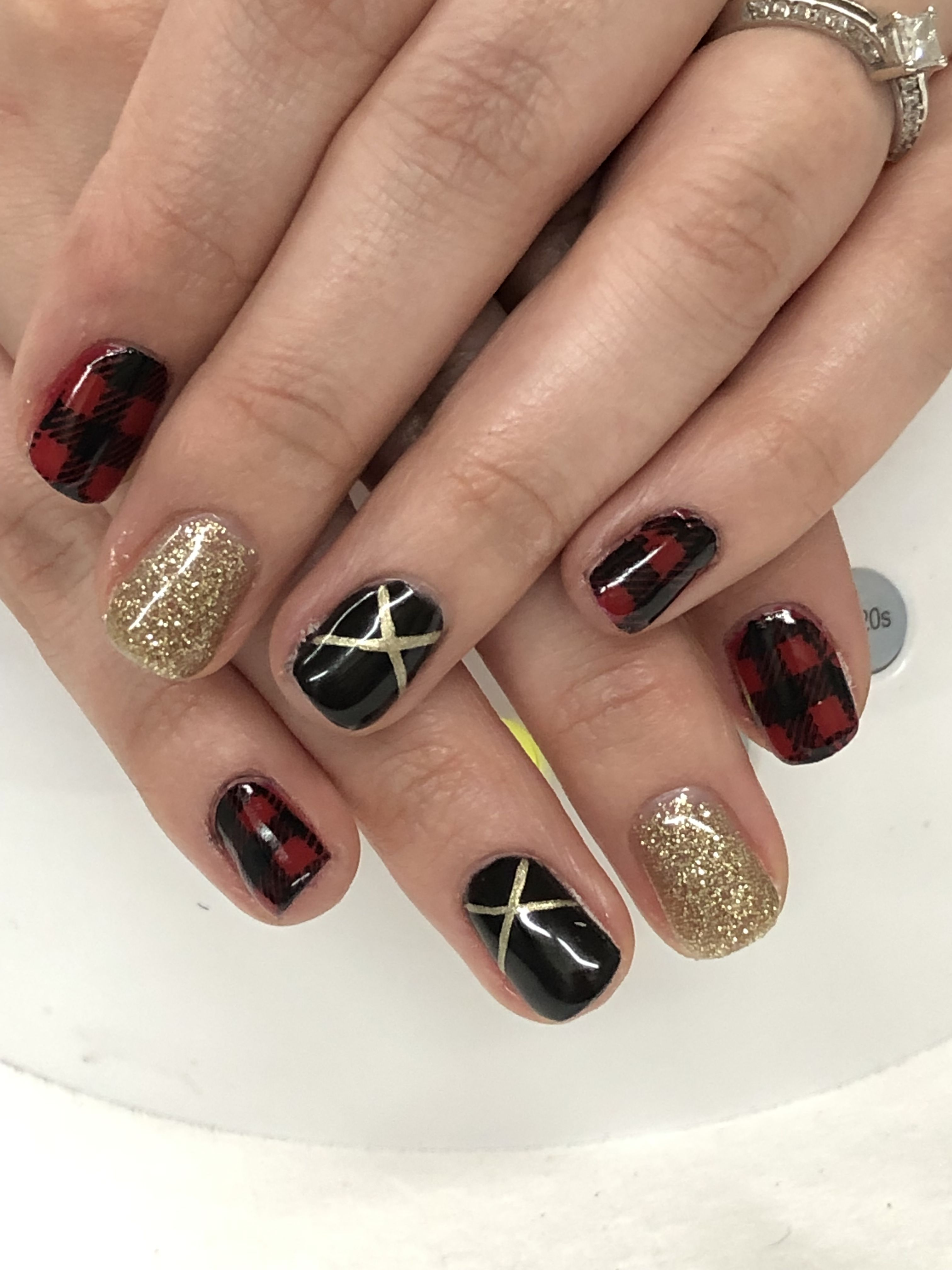 Glamorous Black And Gold Nail Designs Be Modish Black Gold Nails Gold Nail Art Nails Design With Rhinestones
