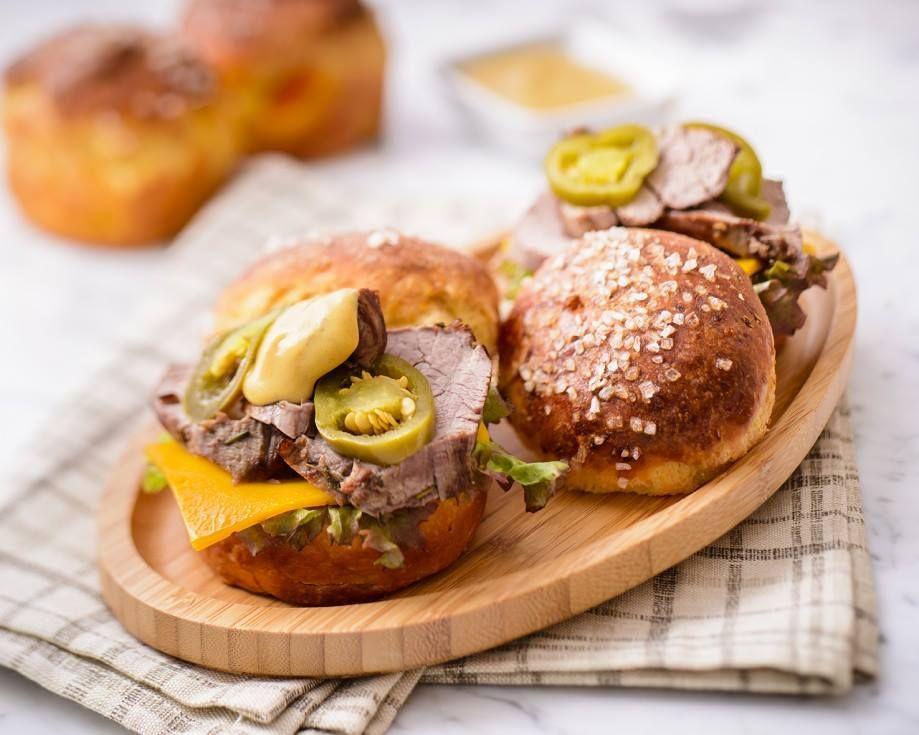 Food and Prop Stylist: Selin Bagcaci / Photographer: Umut Tore // Mini Broiche Burgers