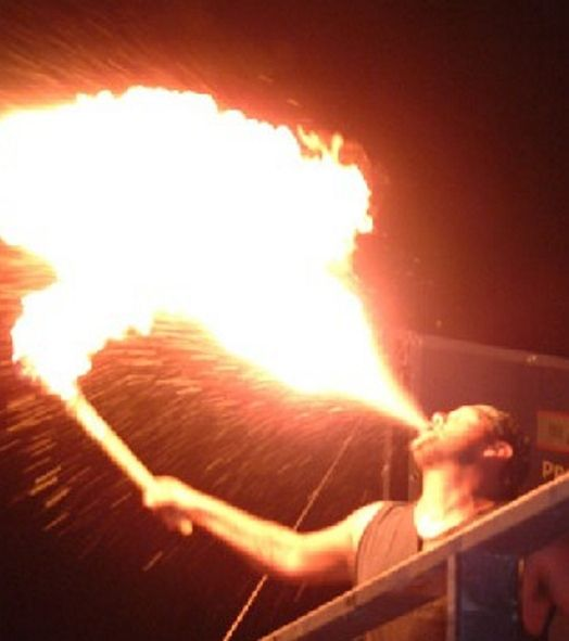 Italian Fire Show 04 by Italian Entertainment And More, via Flickr