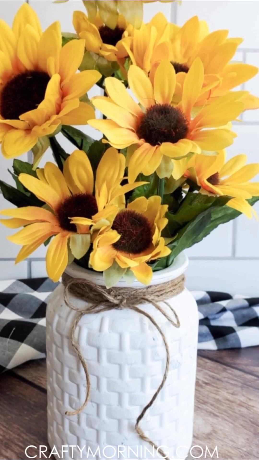 Photo of Dollar Tree Farmhouse Vase Makeover