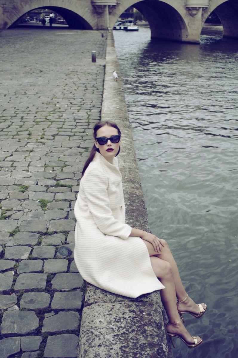 Rachel Rebibo is a fashion photographer based in Paris, France. @portfoliobox