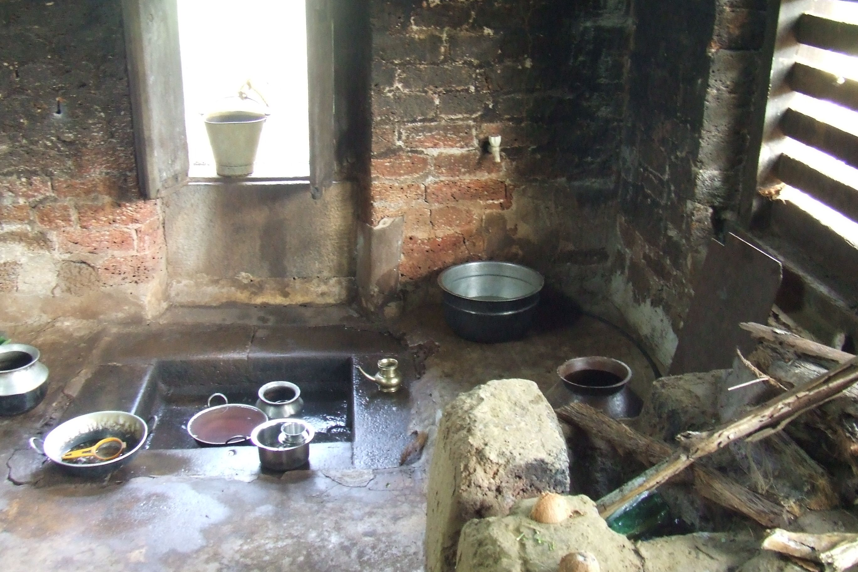 Traditional Old Kitchen In Village House Old Kitchen Indian