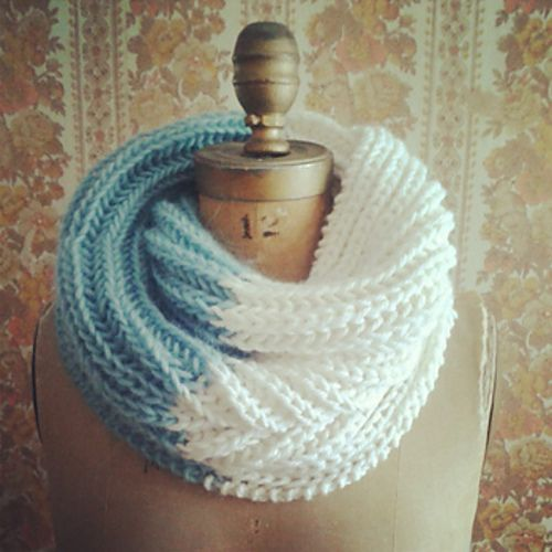@Sandra Pendle Vanderbeck Heyrich Cobaugh: Nor'easter Infinity #Cowl #pattern by J. L. Fleckenstein