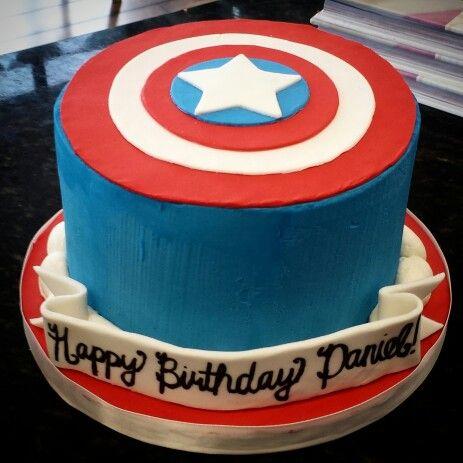 Captain Americas shield cake using buttercream and fondant