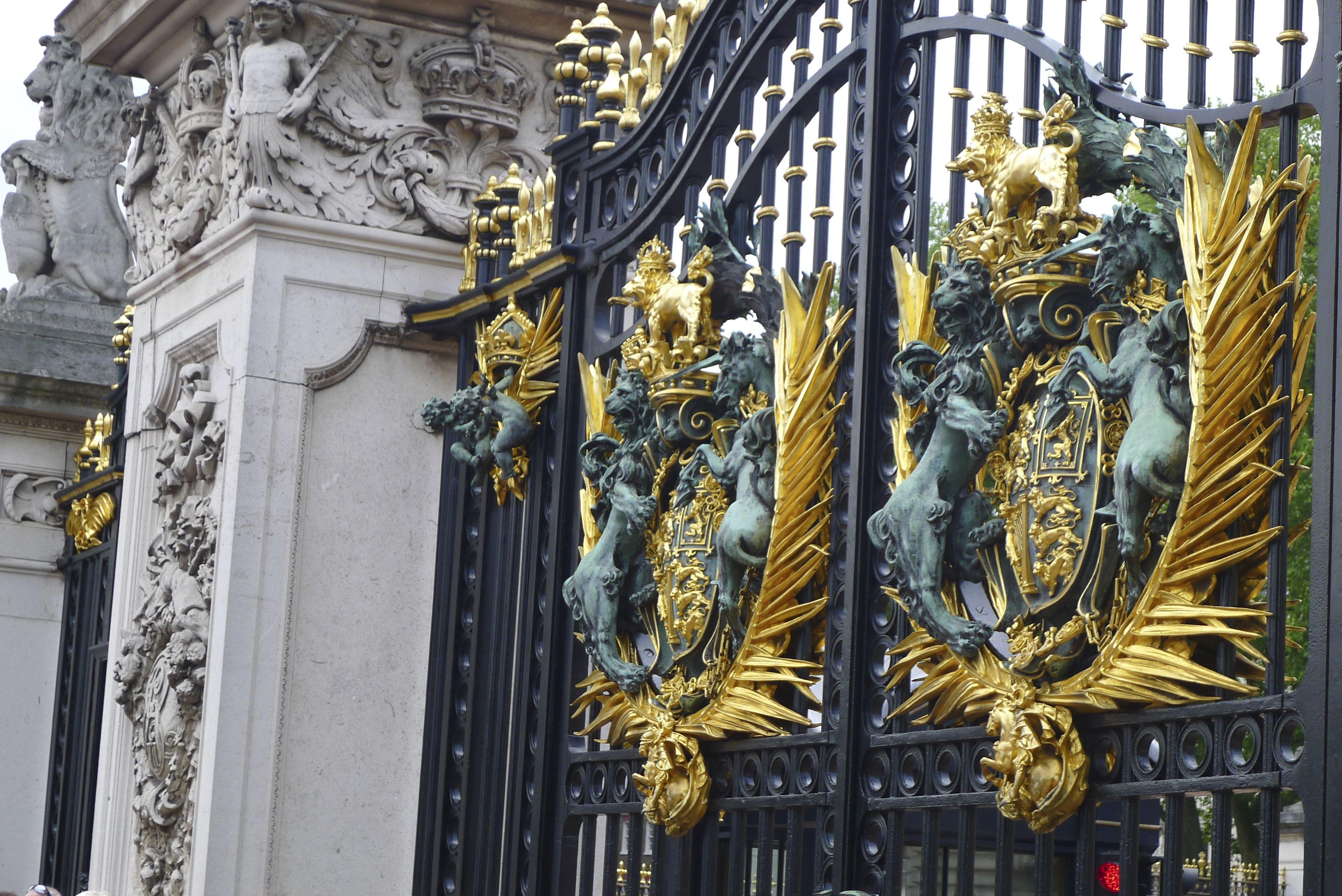 London the Pakenham Palace & London the Pakenham Palace | Grades | Pinterest | Palace and Doors