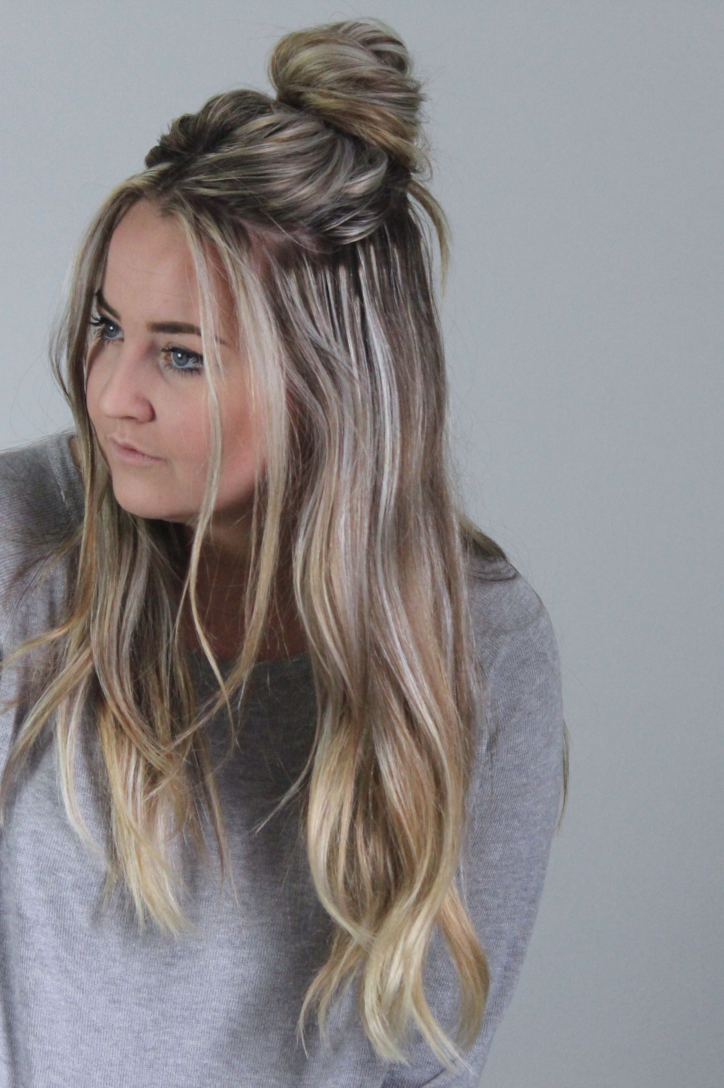 Quick 2 Minute Half Up Messy Bun Tutorial Cassie Scroggins Medium Hair Styles Hair Styles Easy Hairstyles For Long Hair