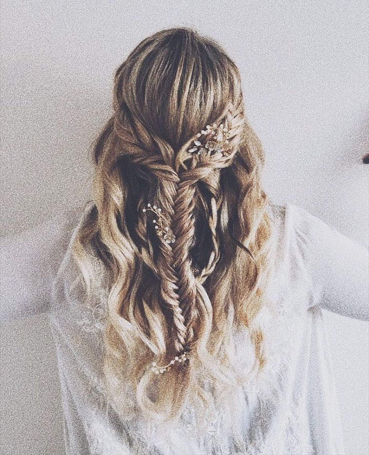 39 Gorgeous Half Up Half Down Hairstyles Fabmood Wedding Colors Wedding Them Bridal Hairstyles With Braids Kids Hairstyles For Wedding Bohemian Hairstyles