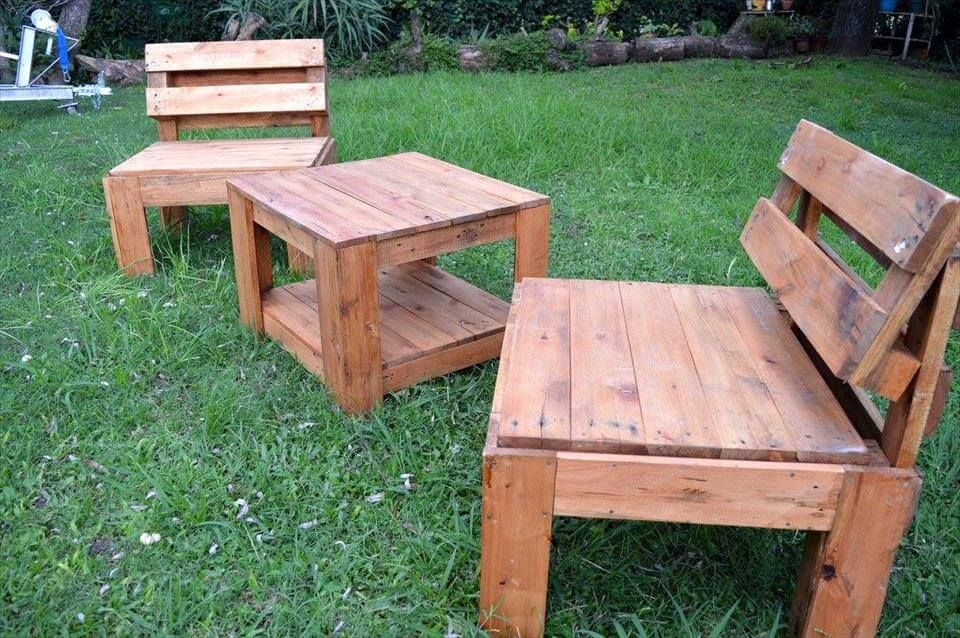 Upcycled Pallet Garden Seating Furniture #recyceltepaletten Upcycled Pallet Garden Seating Furniture #recyceltepaletten