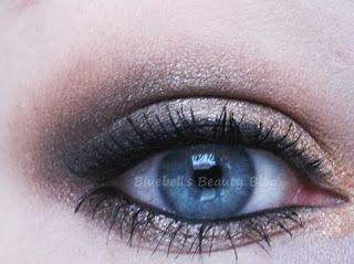 Bluebell's Beauty Blog: EOTD - Naked Palette Nr. 2
