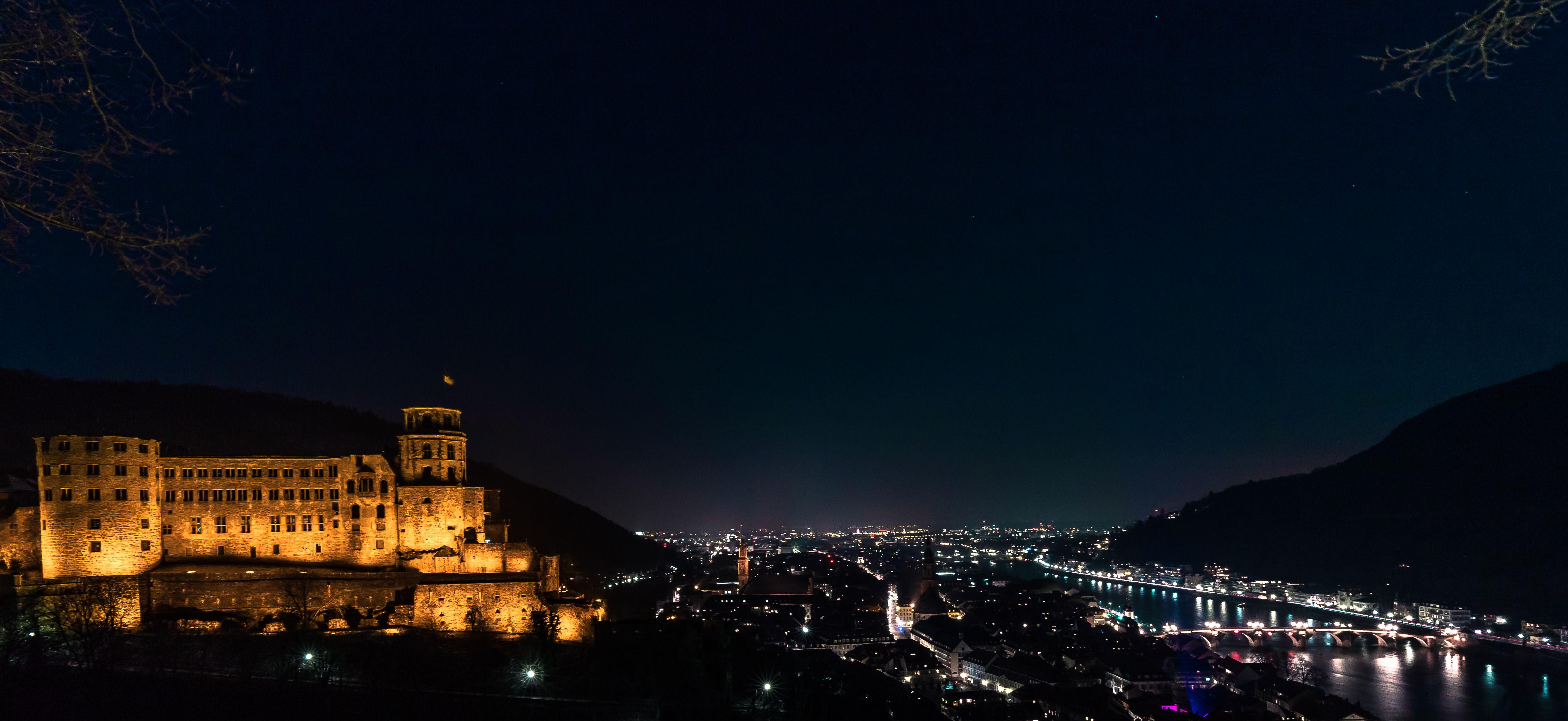 Fotografen Heidelberg heidelberg bei nacht mit dem weltbekannten schloss im vordergrund