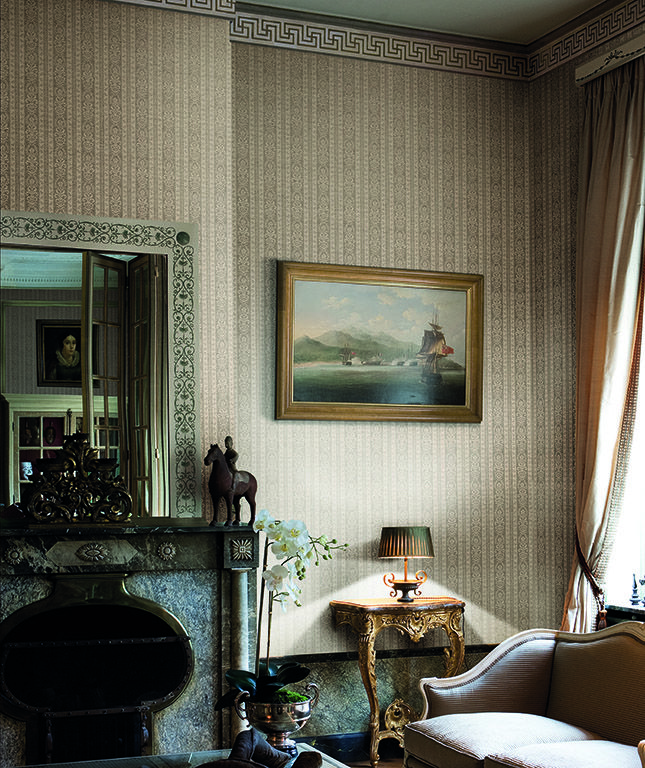 Figaro, Figaro: An extravagantly beautiful, yet timeless design from Calcutta.