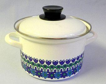 Vintage Enamel Casserole Scandinavian Modernist Retro Design 70s Vintage Enamelware Vintage Ceramic Cookware And Bakeware