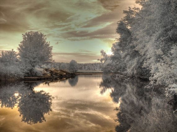 Feng Shui Home Decor Infrared Photography Boathouse Crevecouerpark Missouri Stl Infrared Photography House Boat Landscape