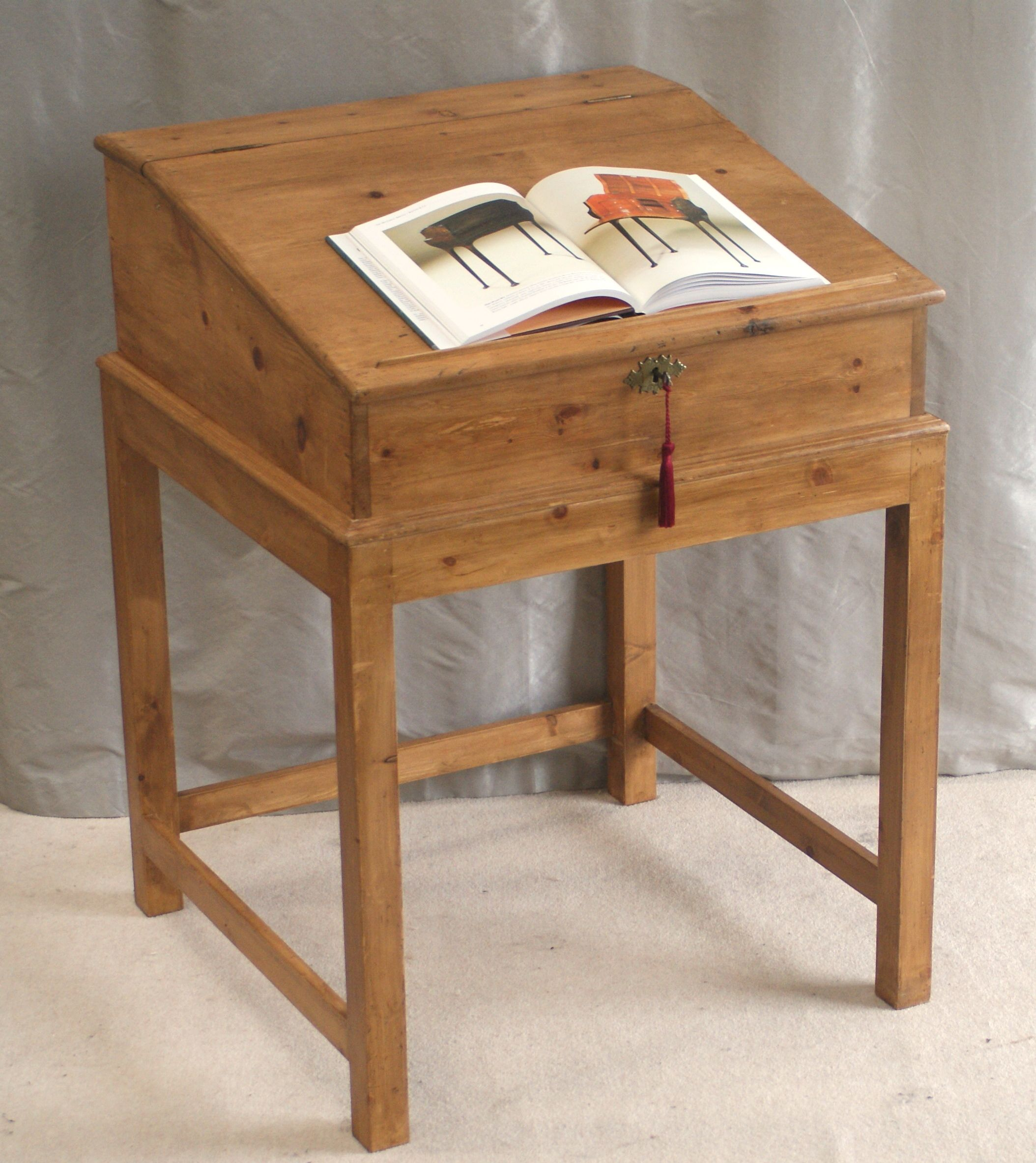 antique pine writing desk Made of solid pine wood for the trestles, the trestle desk is strong and steady while the smooth mdf board desk top is a joy to work on practical and usable space end to end, the trestle desk has ample space for all your working essentials without feeling cluttered.