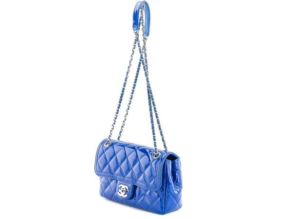 c83305d62a0b70 Chanel Coco Shine Flap Bag side view with chain | Chanel | Chanel ...