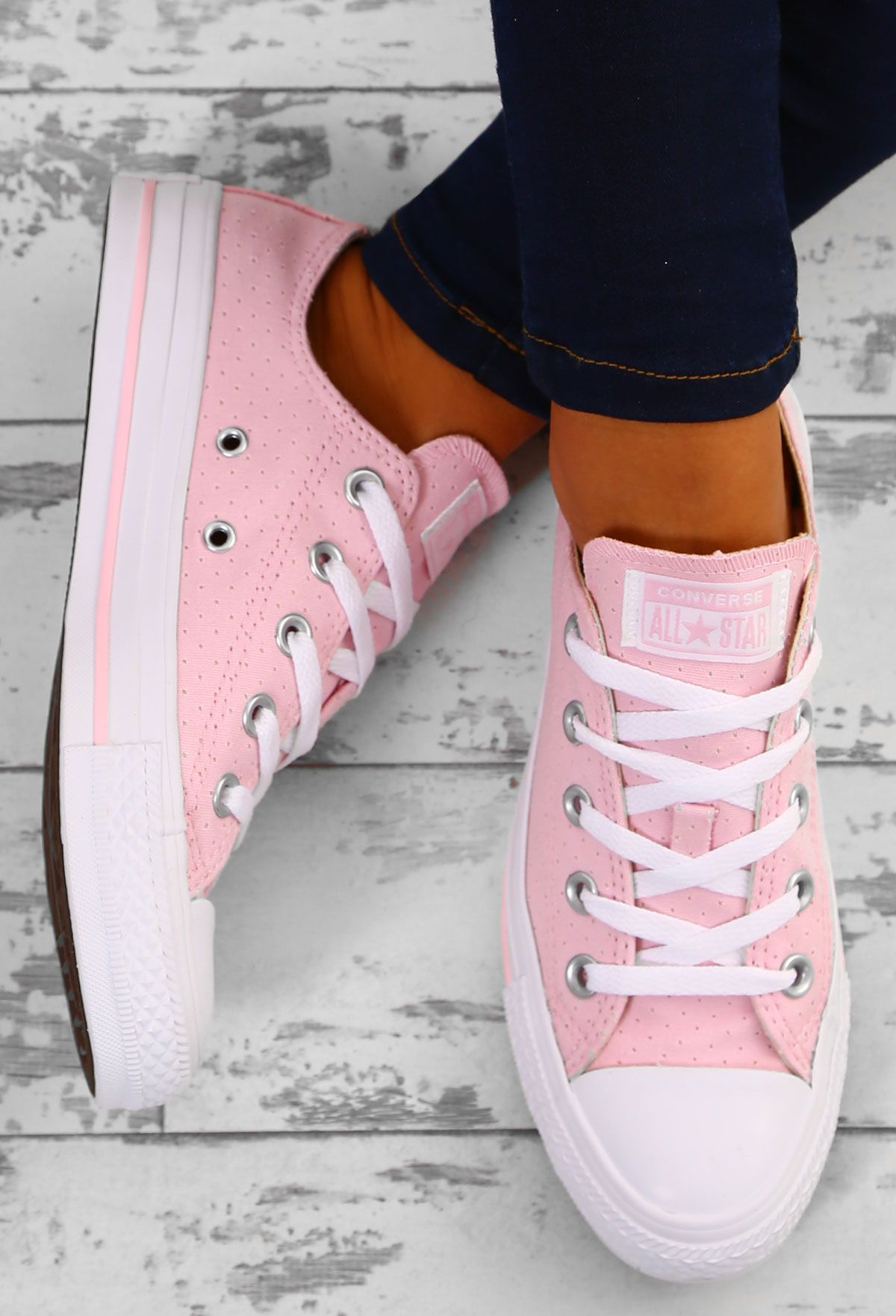 Chuck Taylor Converse All Star Ox Cherry Blossom Trainers