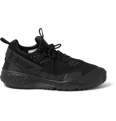 NIKE Sport-Shoes. menfashion  quality products afb1c ee93e Shop mens  sneakers at MR PORTER c71b6e93eeb5